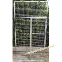Panel con puerta aviarios y pajareras